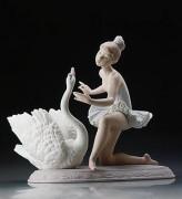 """Graceful Dance"" Glazed Porcelain Figurine by Llardro"
