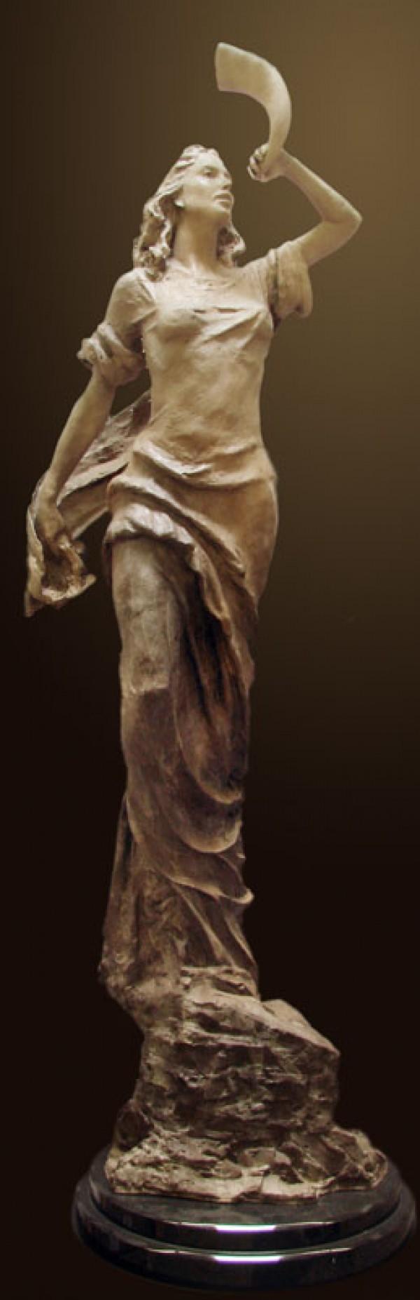 """Memory"" bronze sculpture by Tuan"
